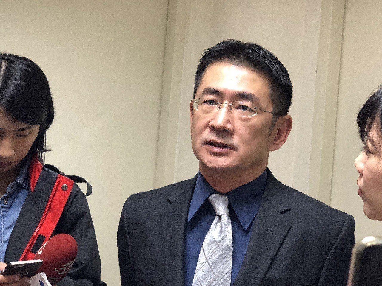 台南地檢署主任檢察官周盟翔表示會窮極所能,積極蒐集相關事證,將嫌犯依法究辦。記者...