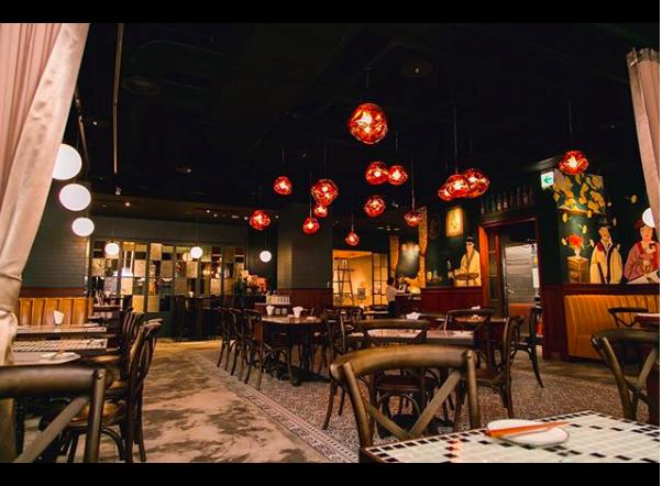 銀杏台式料理在新光三越A9六樓打造時髦的川菜品牌「PACKIE 」。圖/摘自IG...