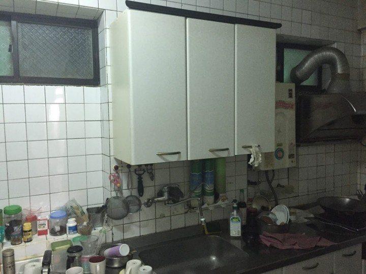 網友eatpot買的老公寓,改裝前照片。圖/網友eatpot授權提供