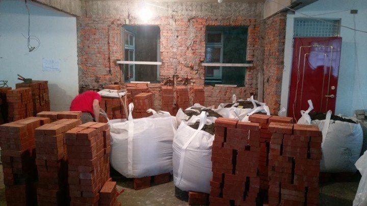 老公寓施工中的照片。圖/網友eatpot授權提供