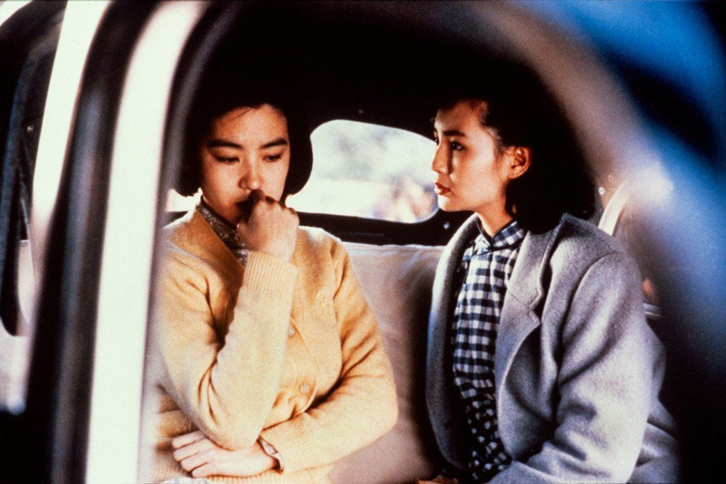 由演員林青霞(左)、秦漢、張曼玉(右)主演的電影「滾滾紅塵」數位修復版將於3月8