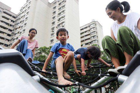 讓路給孩子:兒童重返街頭,是大人的世代正義