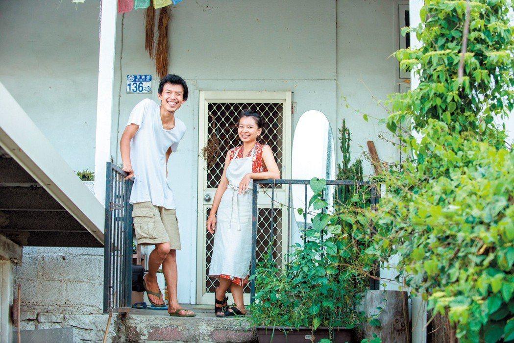 簡子倫與另一半一同經營著簡單樸實,豐饒且美好的生活。攝影/林靜怡