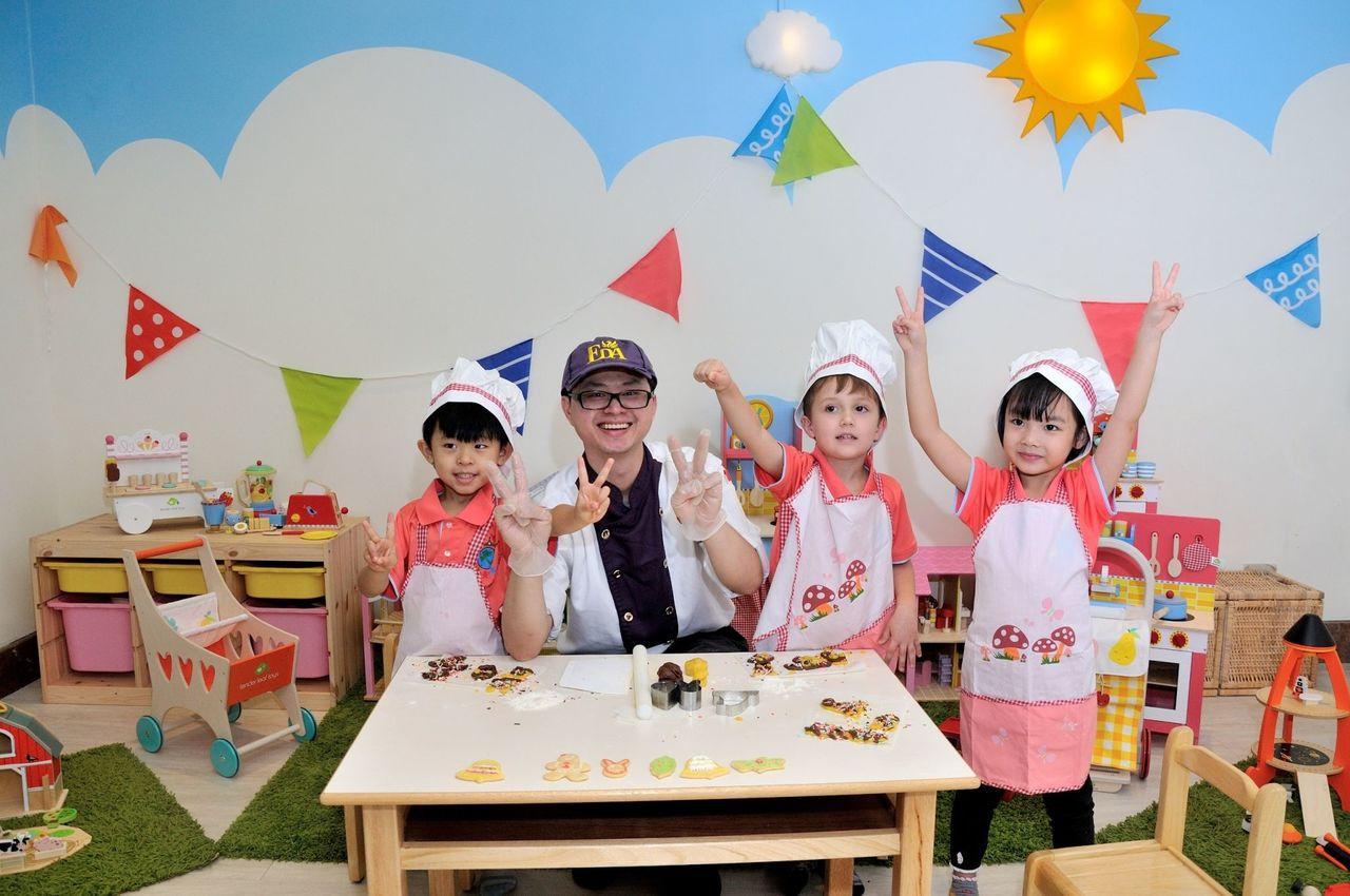 義大天悅飯店寒假推出「英倫城市主題遊戲區」,適合親子安排全家旅行。