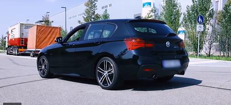 影/BMW M140i測極速!6缸渦輪能跑多快?