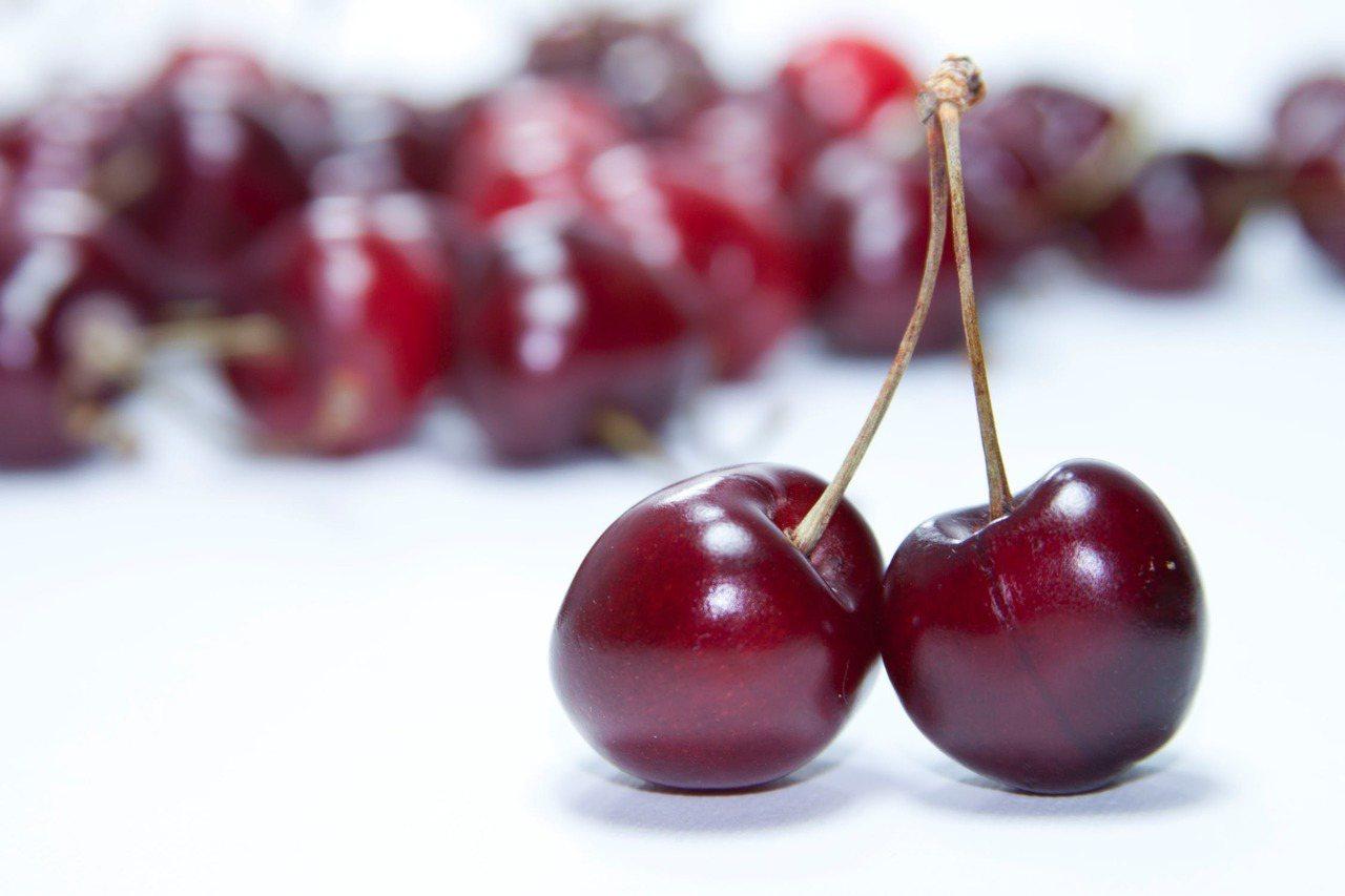 櫻桃有非常足夠的花青素,不只瘦小腹,還能養顏美容。圖/摘自Pexels