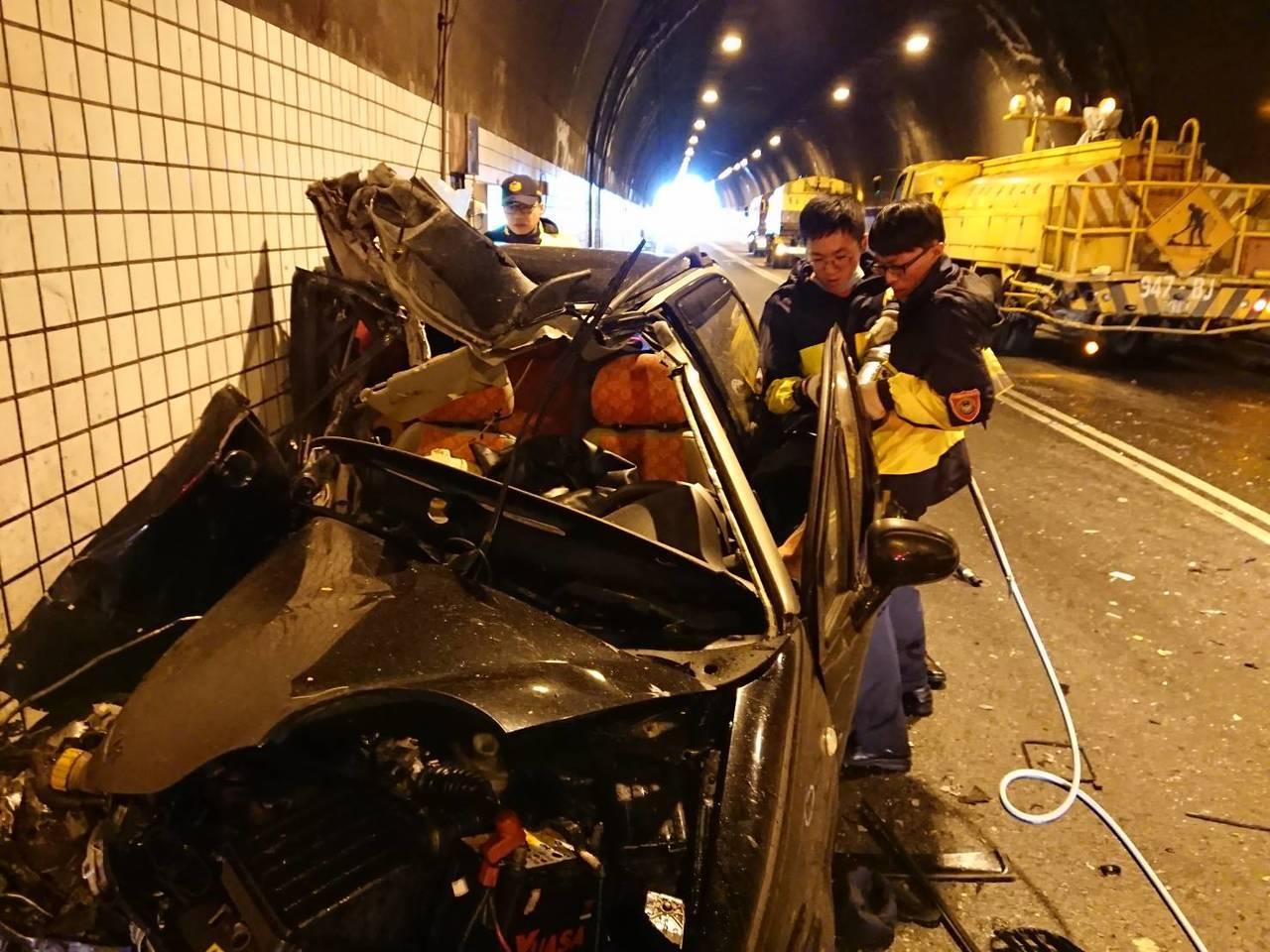 宜蘭縣消防局今天中午11點33分接獲民眾119報案,蘇澳鎮蘭陽第一隧道北上車道發...