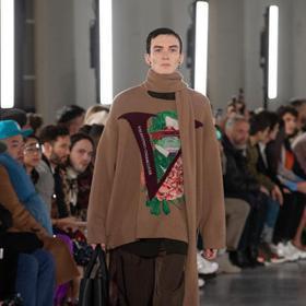 巴黎男裝周/勃肯鞋也很時尚 Valentino推驚喜聯名