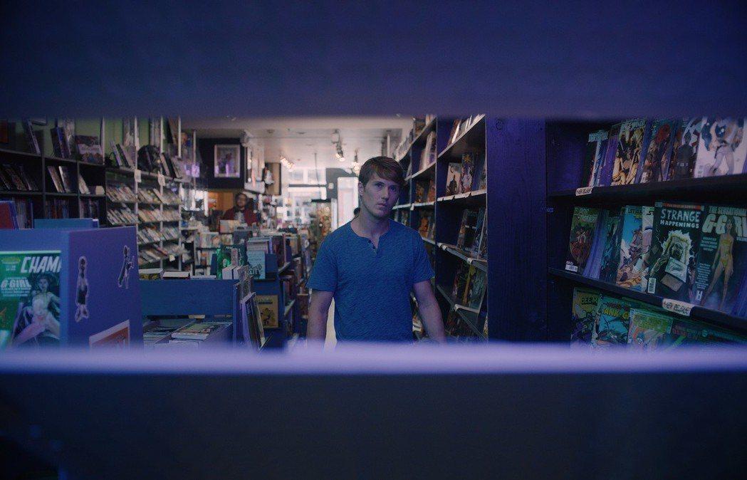 史賓賽崔特克拉克再度回歸,延續「驚心動魄」中的角色。圖/迪士尼提供