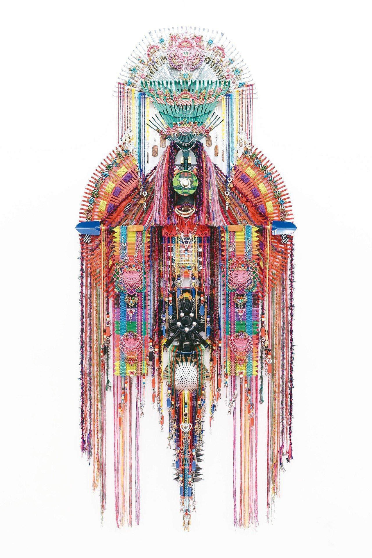 Richard Koh Fine Art展出Anne Samat「The God...