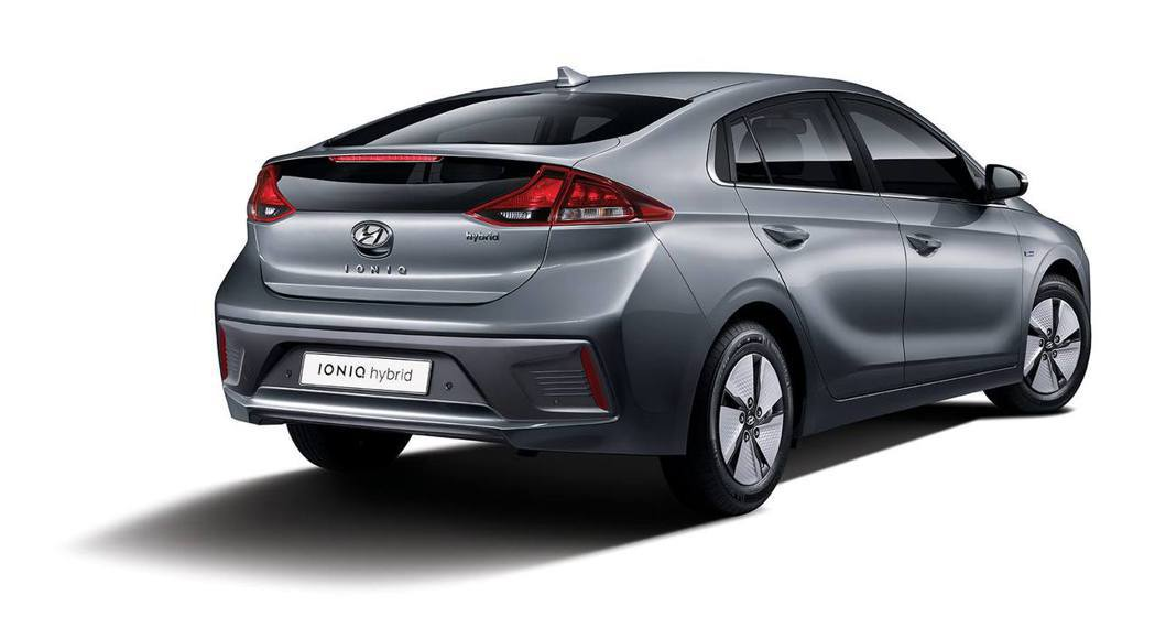 小改款Hyundai Ioniq Hybrid。 摘自Hyundai