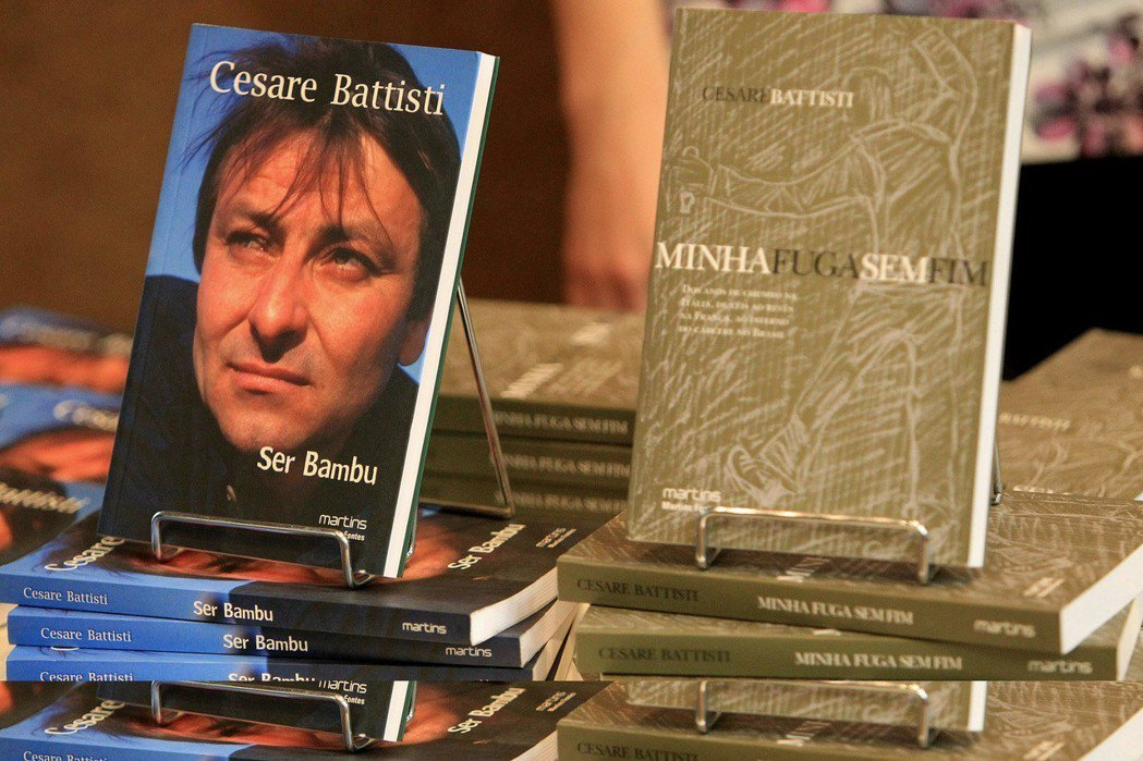 巴迪斯蒂後來投入小說寫作,以自身經歷撰寫成多部作品。 圖/美聯社