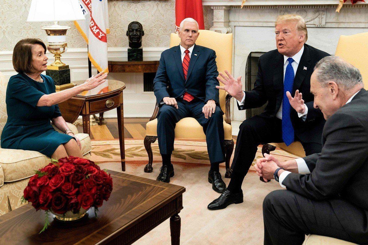 美國總統川普和國會領袖協商沒有結果,政府關門僵局持續。法新社