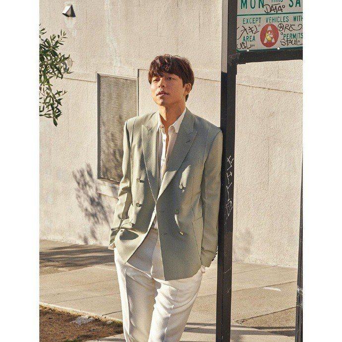 孔劉在舊金山拍攝《Harper's Bazaar Korea》雜誌內頁。圖/取自...