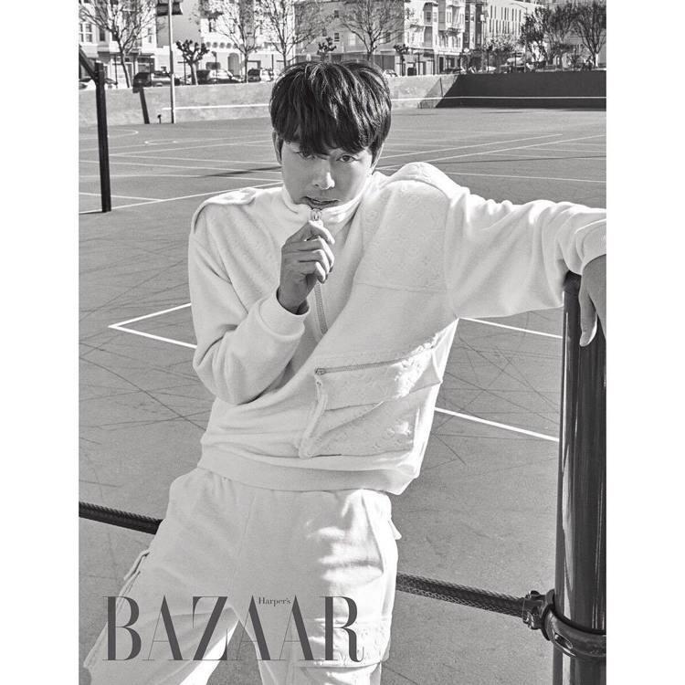 孔劉登上2月份《Harper's Bazaar Korea》雜誌。圖/取自twi...