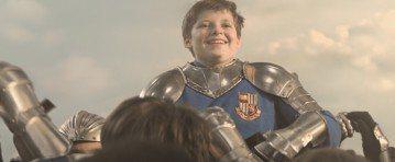 今年寒假第一檔奇幻鉅作「魔劍少年」改編自世界上最知名的傳說,以嶄新的方式呈現亞瑟王與他的騎士們的傳奇故事,讓古老的故事走入摩登現代世界,與當代觀眾連結。曾擔任漫威電影「蟻人」編劇的導演喬柯尼許這回自...