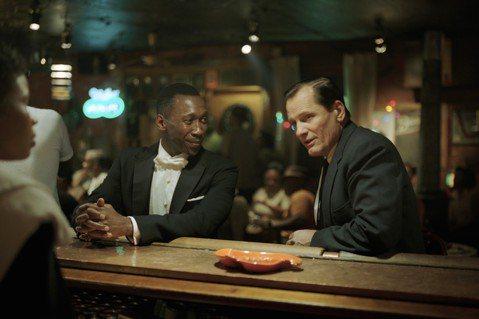 獲獎無數,即將於下週五全台上映的電影「幸福綠皮書」改編自真實故事,描述一位鋼琴師與保鑣之間,從彼此對立到打開心胸接納對方,進而成就完美友誼的故事,飾演這兩位摯友的演員維果莫天森Viggo Morte...