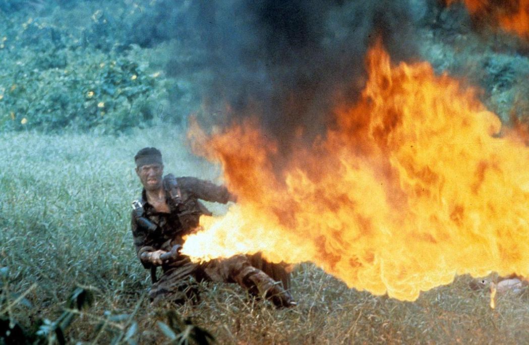 「越戰獵鹿人」不乏刺激場面。圖/摘自imdb
