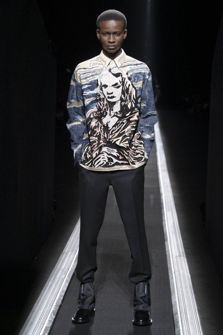 這件珠繡藝術家Raymond Pettibon蒙娜麗莎頭像的襯衫,由15名工將耗...