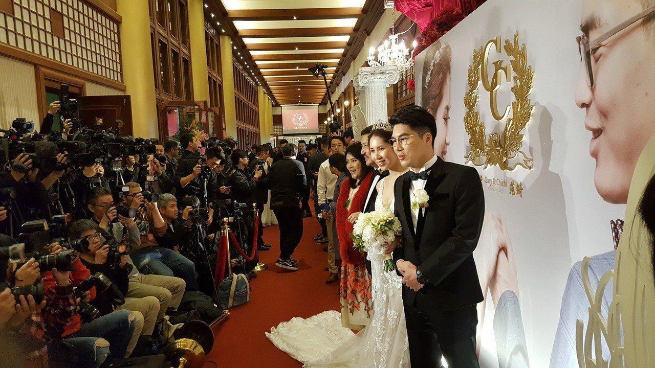 余苑綺今天舉行婚宴,場面盛大。記者林怡秀/攝影