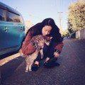 劉亦菲素顏氣色超好!休息日曬「與貓咪的日常」顏值依舊超仙 網友直呼:戀愛了