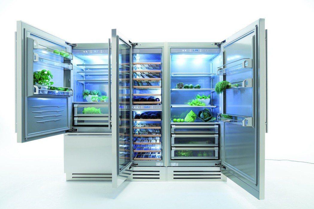 採SUS304不鏽鋼材質、獨立三溫區等獨特設計滿足豪宅市場需求。 世磊實業/提供