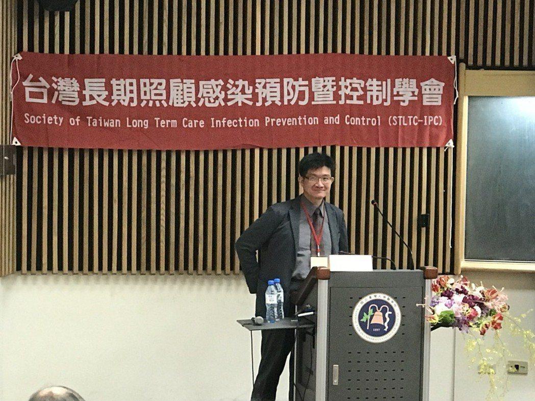 中國醫藥大學附設醫院感染科主治醫師、中國醫藥大學微生物及免疫學科教授盧敏吉指出,...