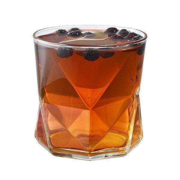 蘋果藍莓紅玉紅茶藍莓酸甜香氣,搭配紅玉紅茶肉桂、薄荷,入口溫暖迎接新年。圖/星巴...