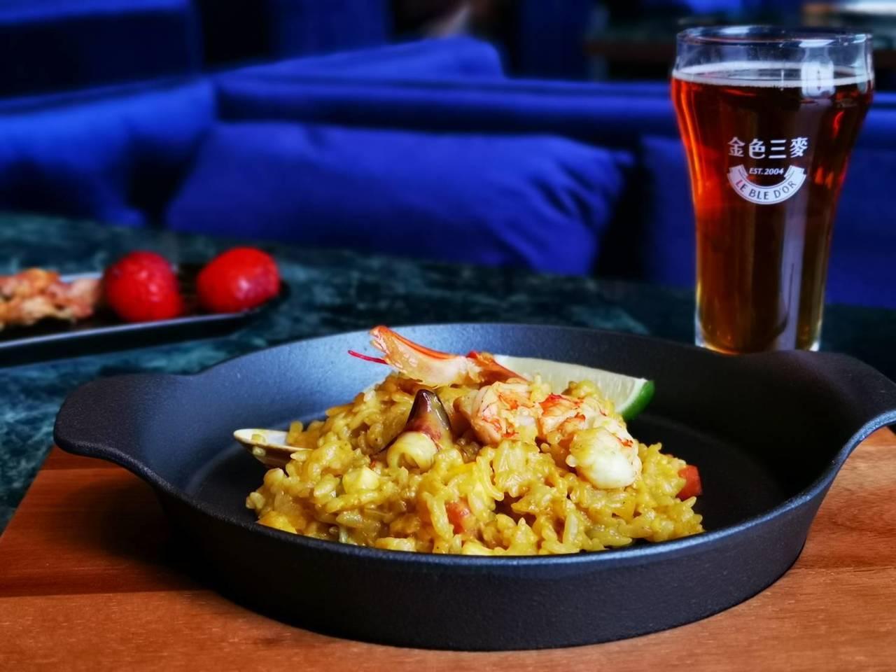大航海家哥倫布海鮮燉飯,售價380元。記者韓化宇/攝影