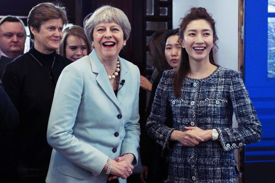 設立海外分校的好處不外乎就是近年高教界流行的「國際化」,但這背後反映著英國高教產...