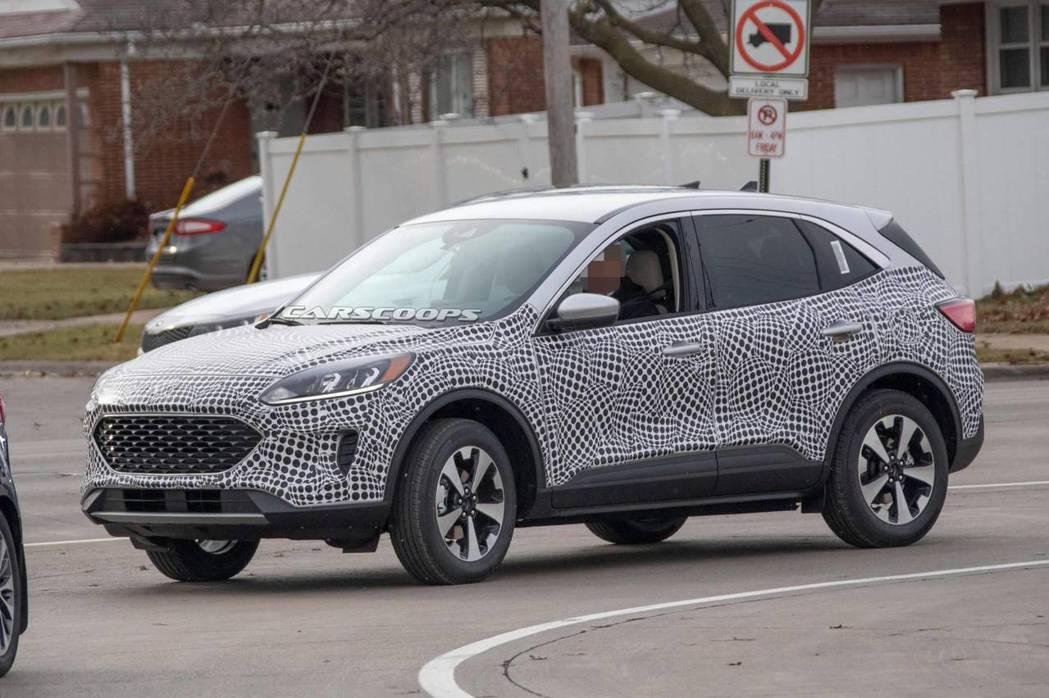 新世代美規Ford Kuga/Escape似乎走向跑旅的風格。 摘自Carscoops、Ford