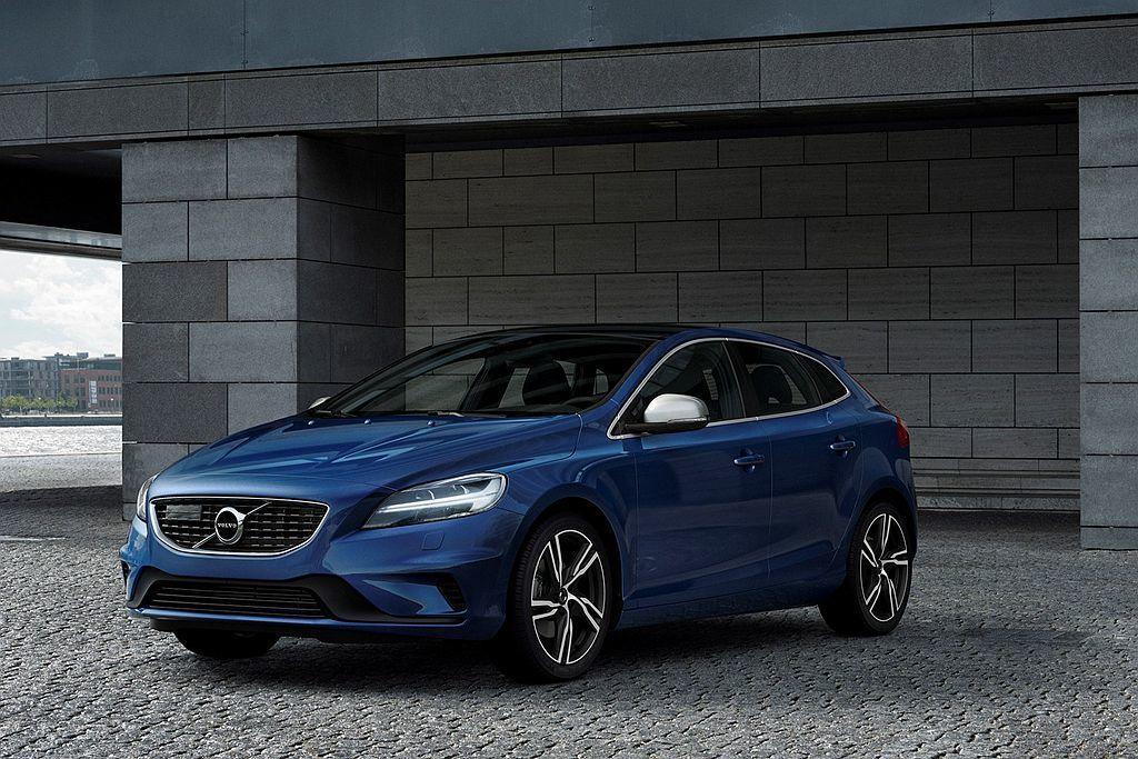Volvo V40車系目前已經是品牌最老且尚未大改款的車款,大改款的訊息也早在前...