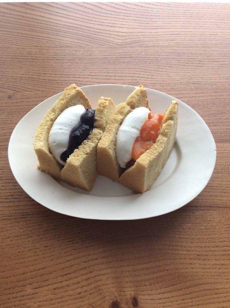 シフォンサンド(戚風三明治)¥486/以新鮮雞蛋等食材細心自製的戚風蛋糕, 包夾...