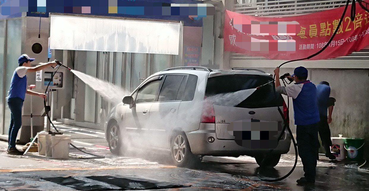 噴槍殺女童 高市府中油要加油站洗車設施加警語