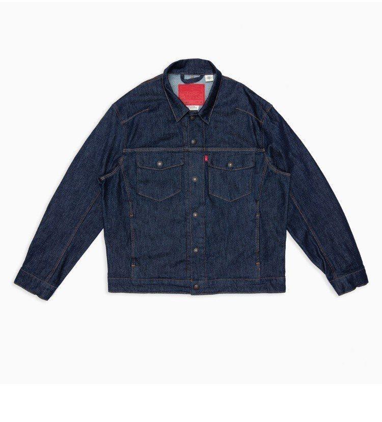 木村廣告款經典原色trucker牛仔外套,4590元。圖/LEVIS提供