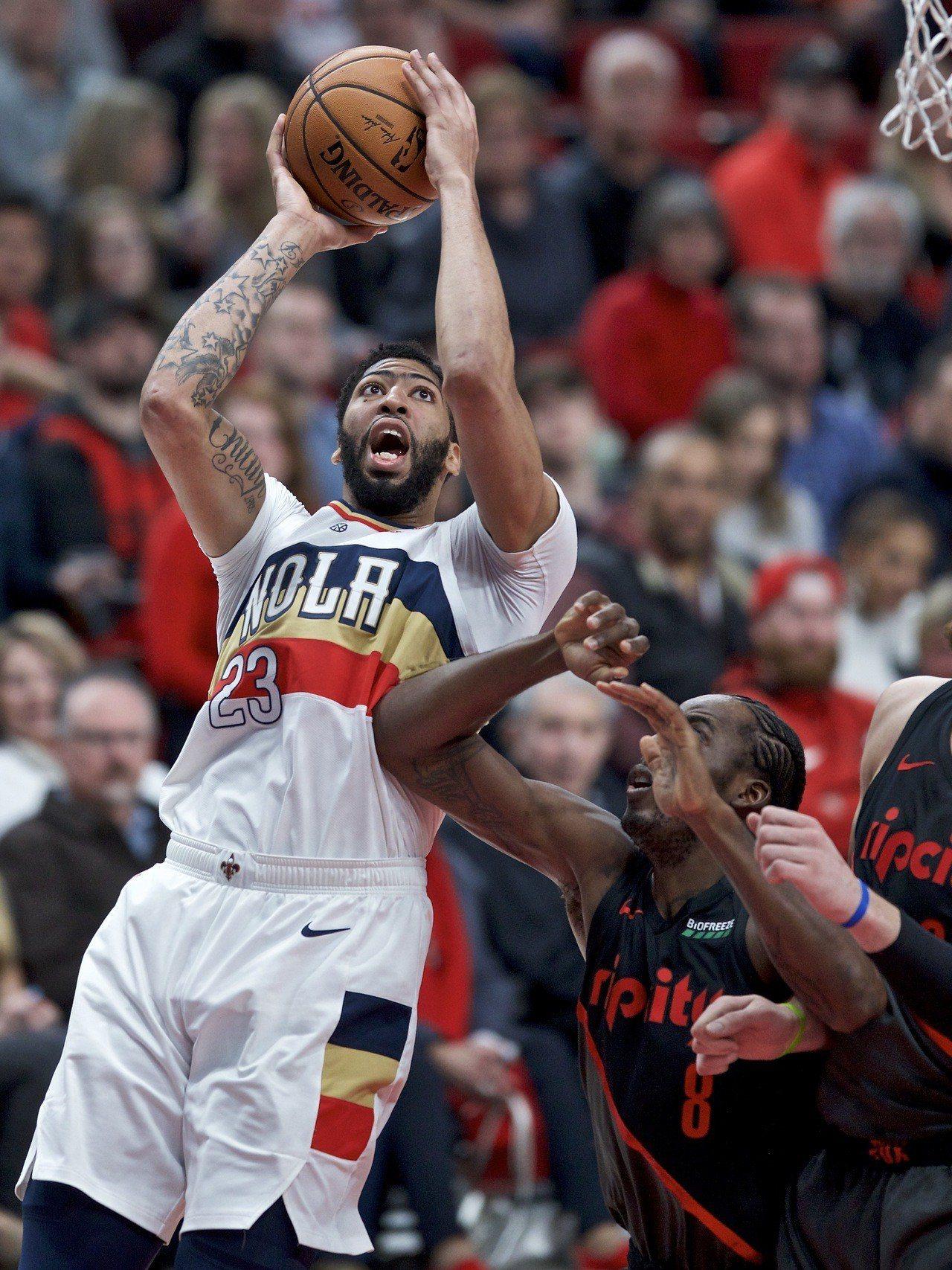 NBA/可能骨折? 鵜鶘戴維斯歸期恐延長