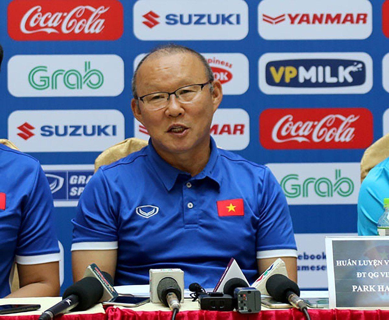 越南男子足球連創奇蹟 韓籍教練暴紅