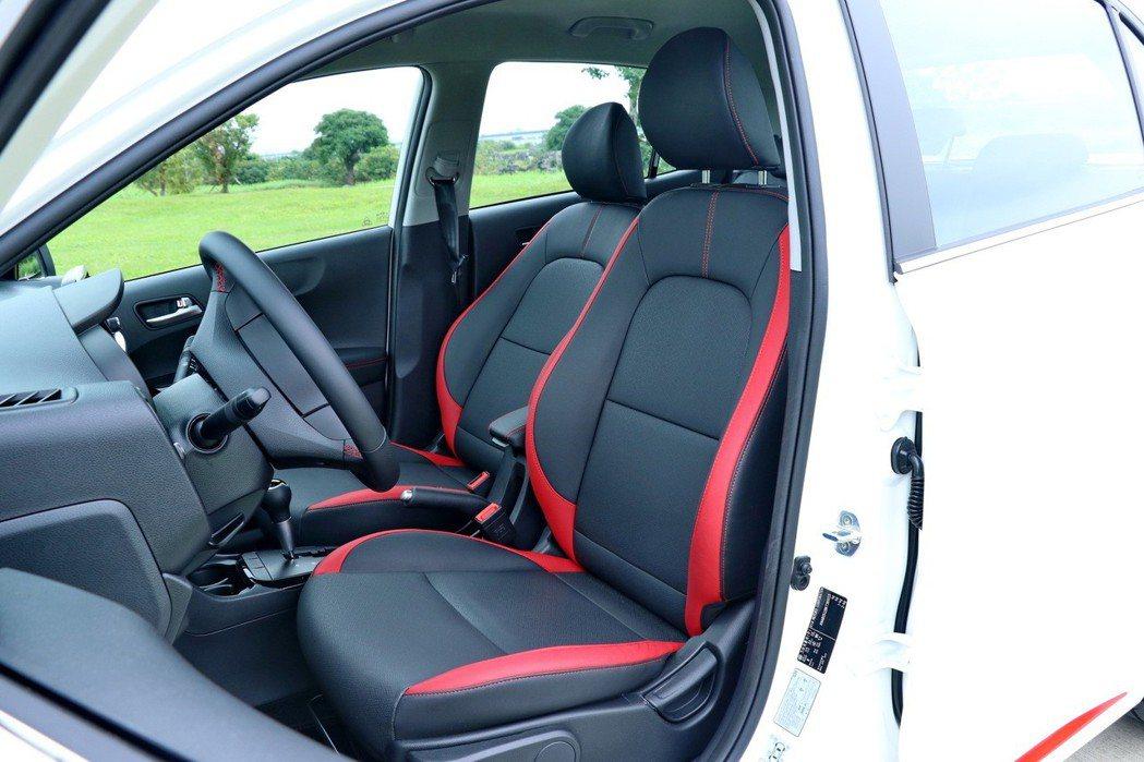 GT-Line特別擁有專屬的紅/黑雙色皮椅設定。 記者陳威任/攝影