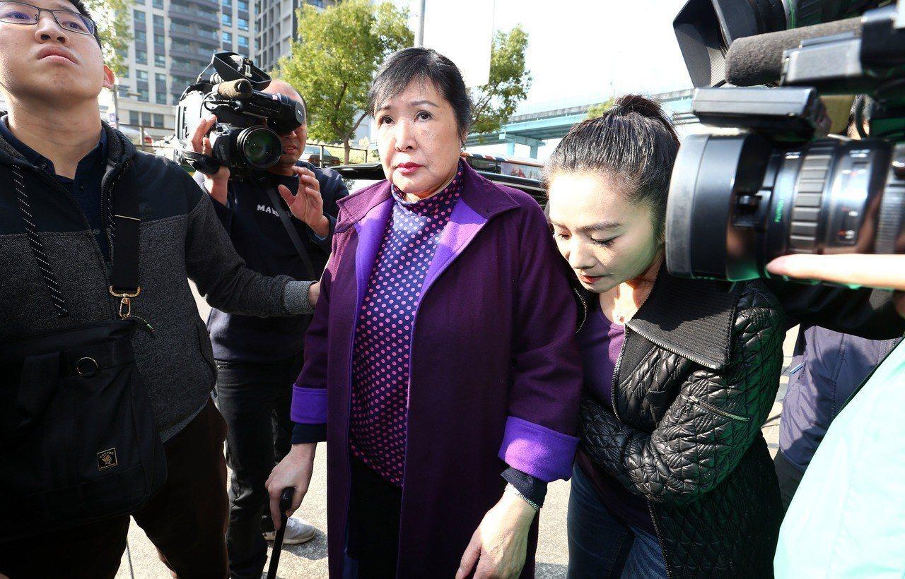 蔡英文籲暴力不該容忍 李正皓揭往事打臉:她最沒資格