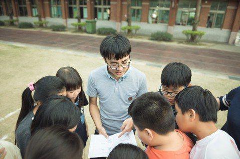 王雅民踏上教育旅途,故事正要開始。圖/TFT提供(攝影:傅祐承)