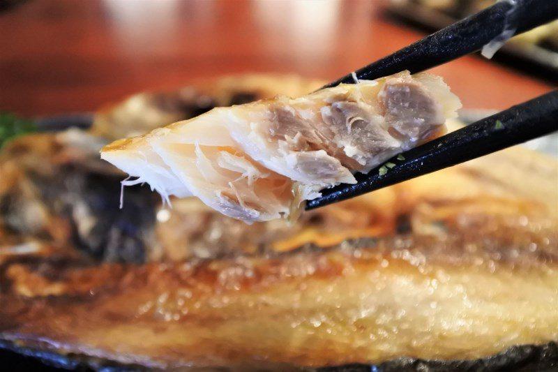 (圖/台灣旅行趣) ▲外皮酥香,肉質紮實且毫無腥味,來【八度耀手作定食】必吃!