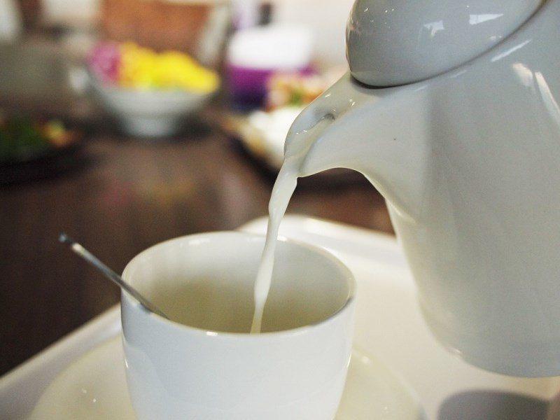 (圖/台灣旅行趣) ▲杏仁茶一直讓人又愛又恨,加入純鮮奶後竟然變的這麼討喜,杏仁...