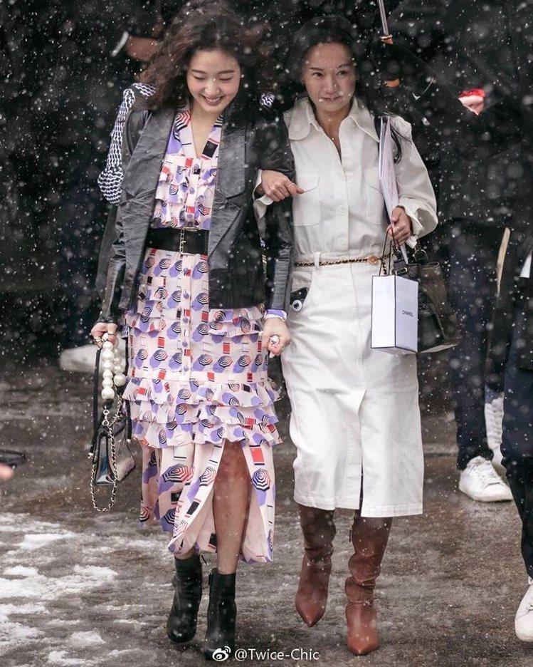 韓國女星金高恩(左)。圖/摘自微博