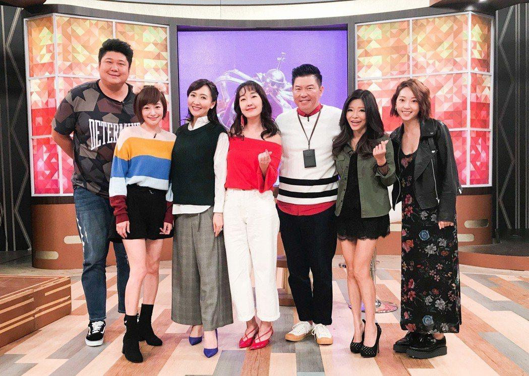 哈孝遠(左)分享和老婆瑄瑄的生活情趣。圖/衛視中文台提供
