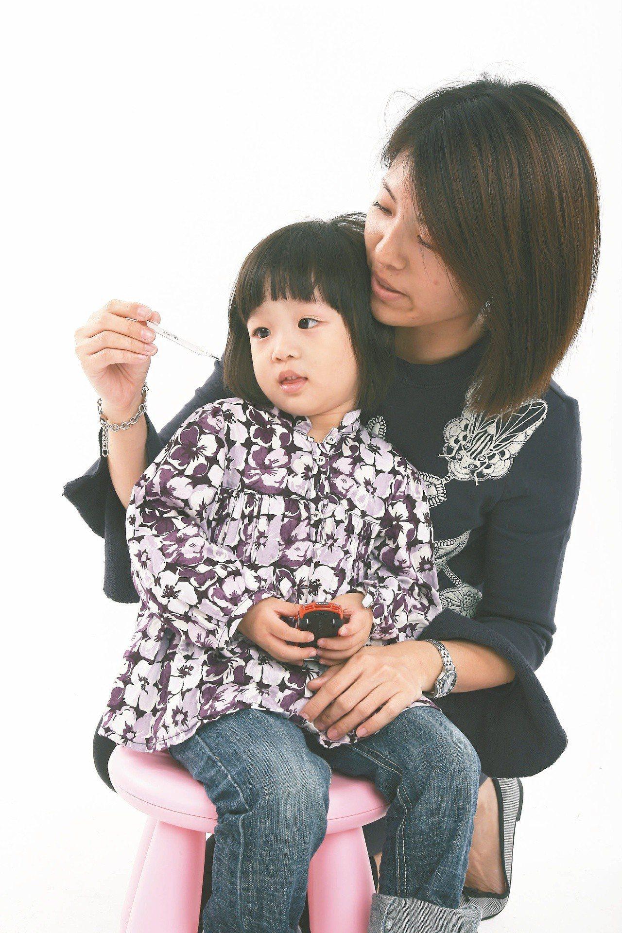 感染流感、輪狀病毒,孩子易出現發燒、腹瀉、活動力下降等情形。圖/本報資料照片