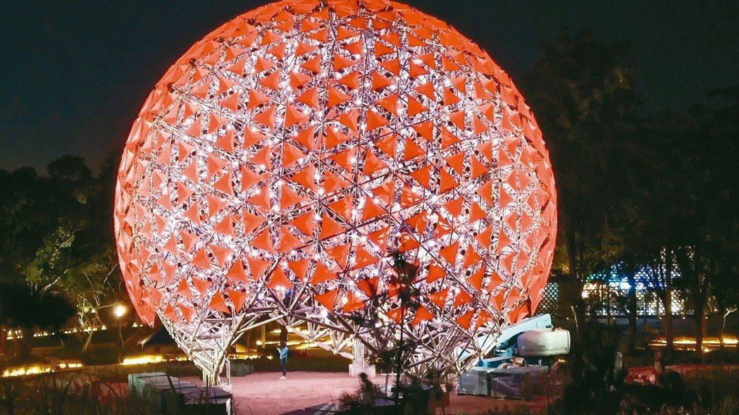 利茗減速機參與臺中花博會機械花裝置藝術設計創作。 利茗機械/提供