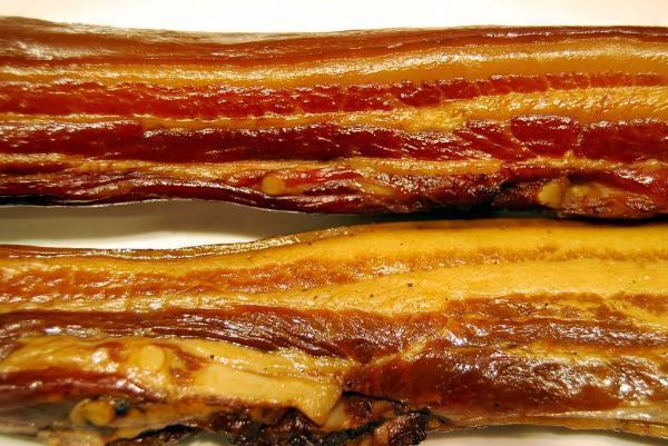 用保色劑抑制肉類的腐壞,用量不能過多。 圖片提供/Fooding台灣好食材