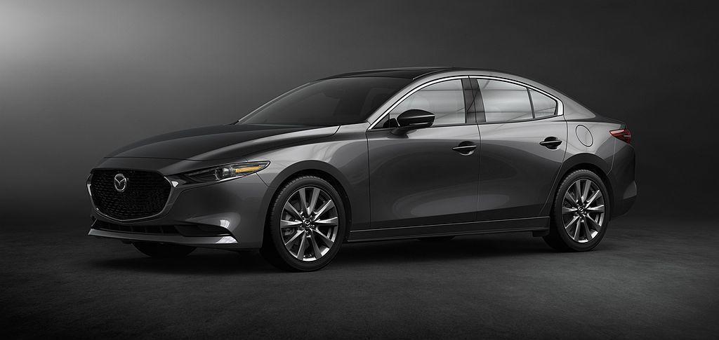 美規全新Mazda3房車Select套件除可選i-ACTIV四輪驅動系統外,還有...