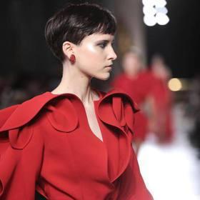 巴黎高訂周/女星紅毯最愛的Elie Saab 好「水」!