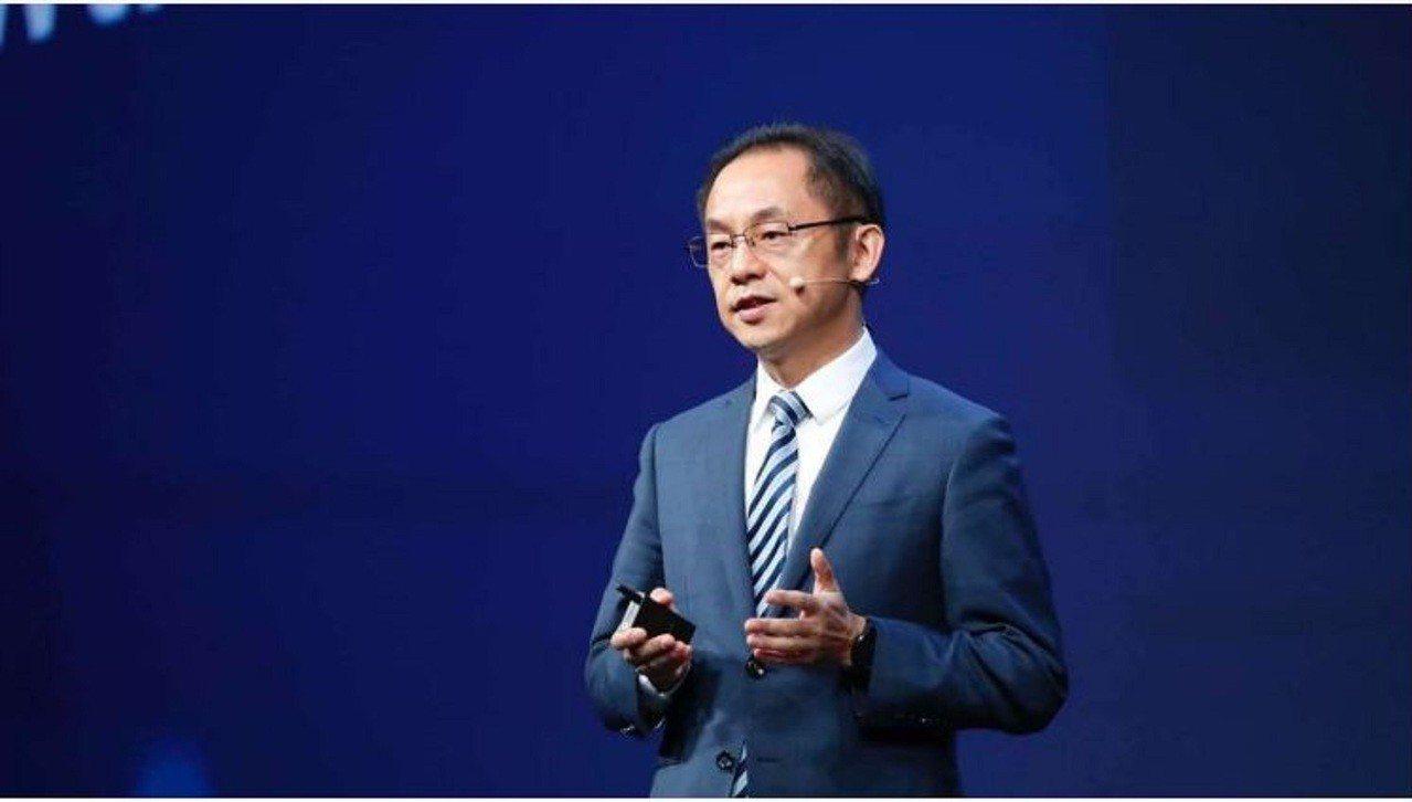 華為發布業界首款5G晶片 運算能力比以往晶片強2.5倍